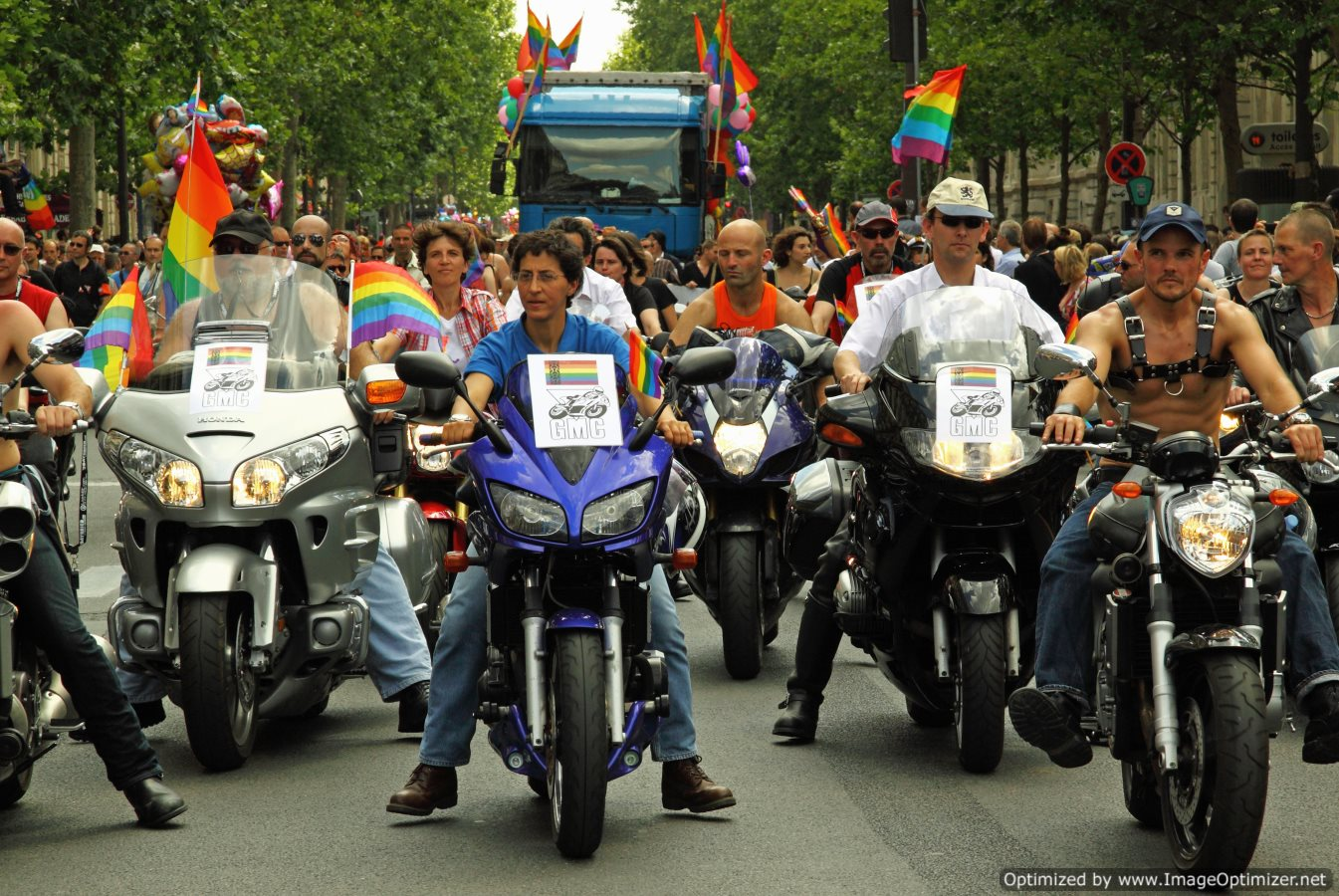 French Lawmakers Approve Same-Sex Marriage Bill