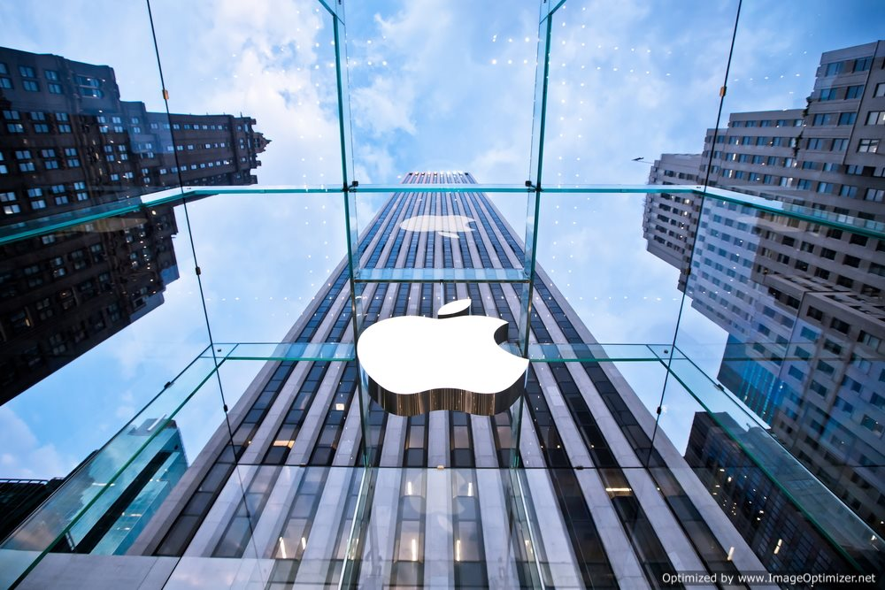 Time to Start Worrying: Apple's Profit Slips 18 Percent